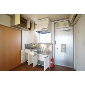 ローズハイツ 201号室のキッチン