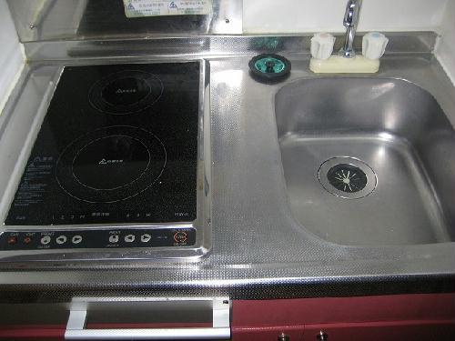 レオパレスグリーンタウン 104号室のキッチン
