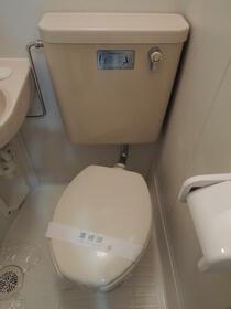 TOP向陽町第1 202号室のトイレ