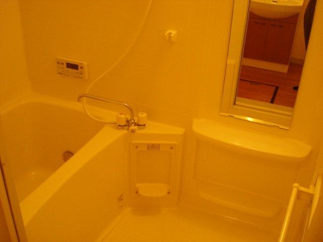 フォンテーヌ 101号室の風呂