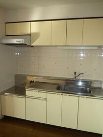 サニーヒル 2-102号室のキッチン