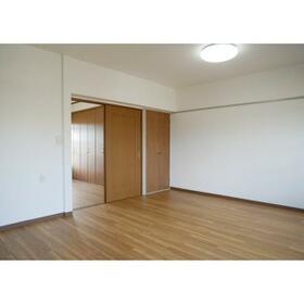 名瀬マンション 0203号室のキッチン