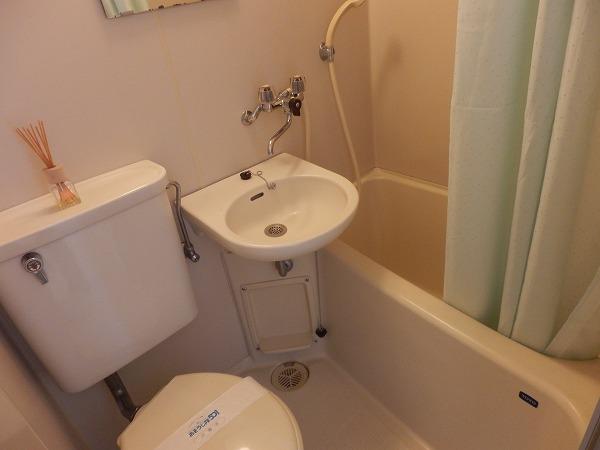 ブランシェ百合ヶ丘 201号室の風呂