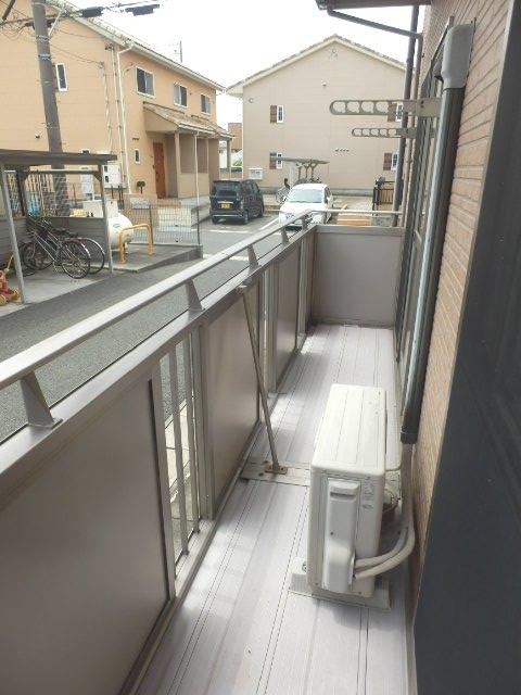 アビタシオン駅南A 105号室のバルコニー