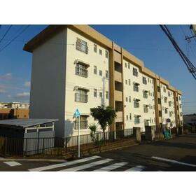 名瀬マンション 0203号室の外観
