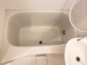 シャルム月見台 104号室の風呂