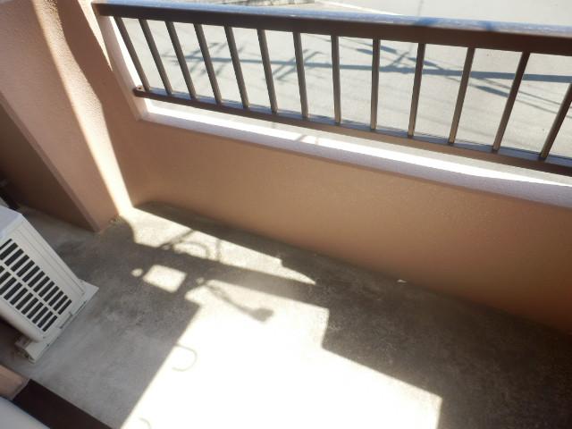 サンパレス木下 207号室のバルコニー
