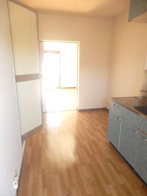 サンパレス木下 207号室のキッチン