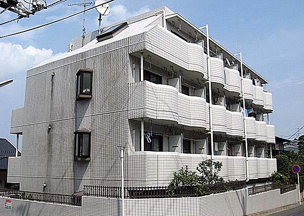 パレス富岡 305号室の外観