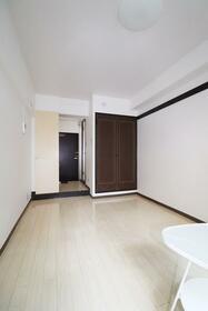 エトワール保土ヶ谷 205号室 205号室のリビング