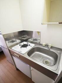 エトワール保土ヶ谷 205号室 205号室のキッチン