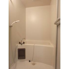 メゾンヨーワ 1-B号室の風呂