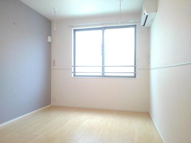 ティータウン Ⅱ 02060号室の居室
