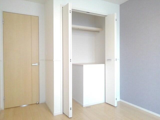 ティータウン Ⅱ 02060号室の収納