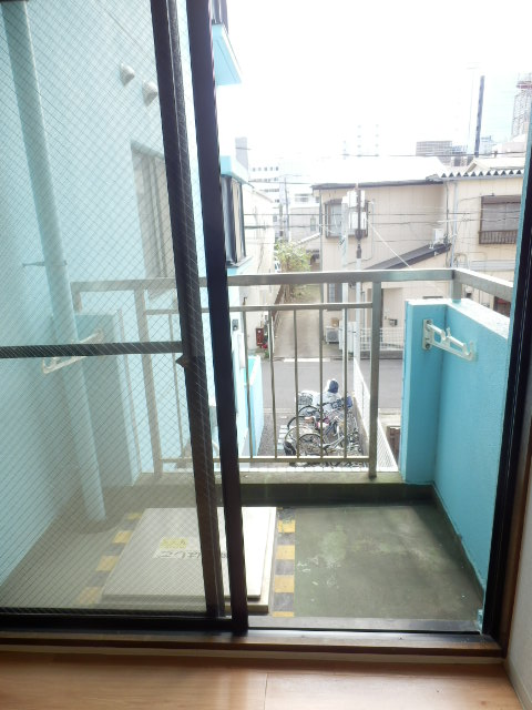 CITY OASIS IMAMURA 201号室のバルコニー