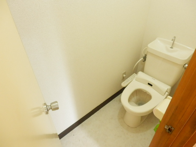 リバーサイドハイツ 102号室のトイレ