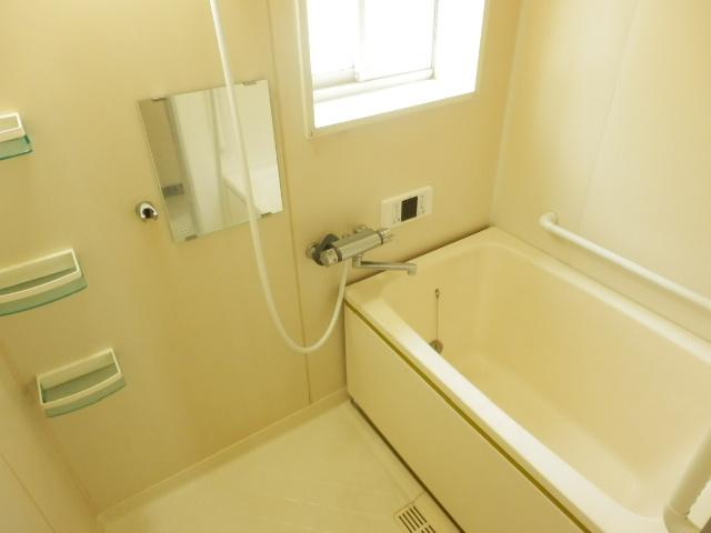 リバーサイドハイツ 102号室の風呂