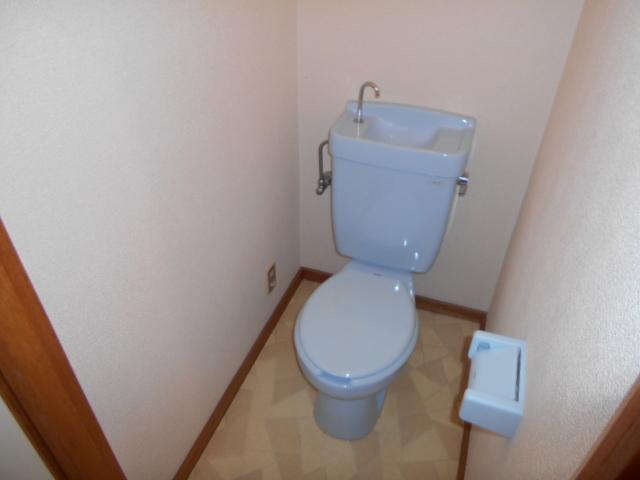 ベルコーポ 102号室のトイレ