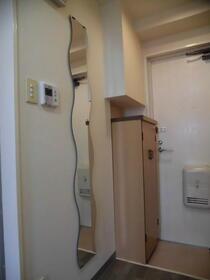 ビューハイツ湘南 301号室の玄関