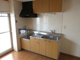 町田コープタウン4号棟 203号室のキッチン
