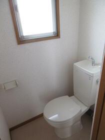 町田コープタウン4号棟 203号室のトイレ