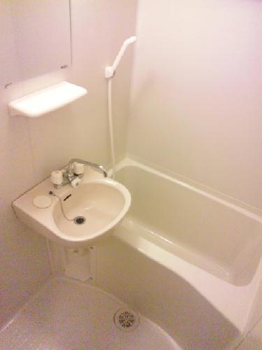 レオパレスピュアリストⅢ 204号室の風呂
