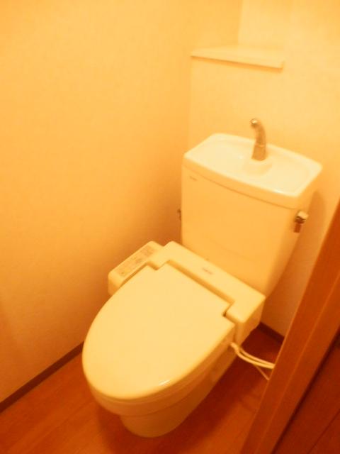 グランティグレ 101号室の洗面所