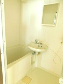ビレッジハイム 302号室の風呂