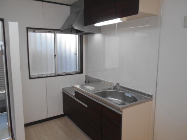 東ハイツA 103号室のキッチン