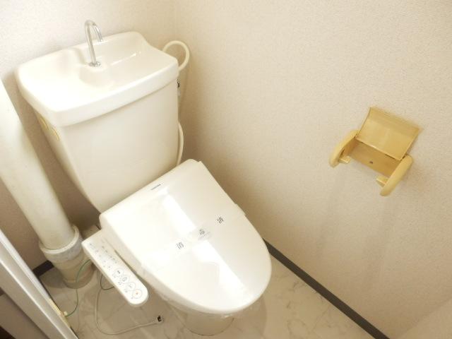 サンパレス湘南Ⅰ 101号室のトイレ