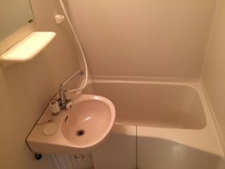 レオパレスプレミール 202号室の風呂