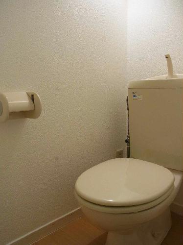 レオパレスプレミール 202号室のトイレ