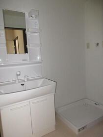 ウインディアM7 22号室の洗面所
