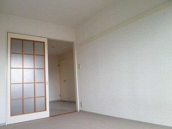 マインズビル 303号室の居室