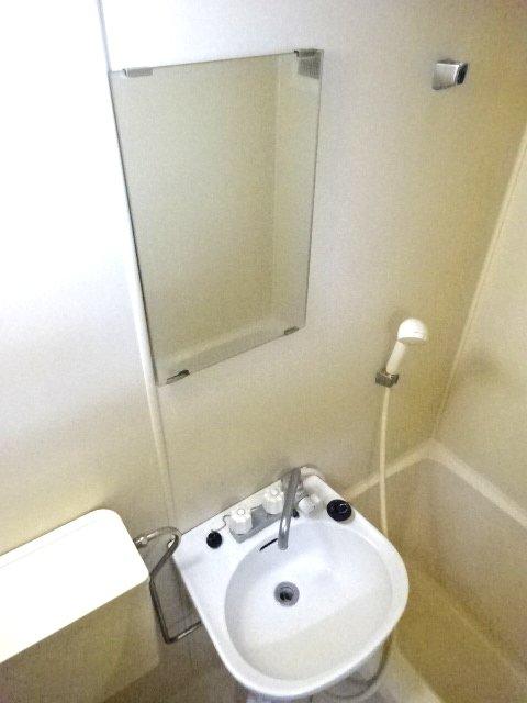 パルーム金ヶ作 205号室の洗面所