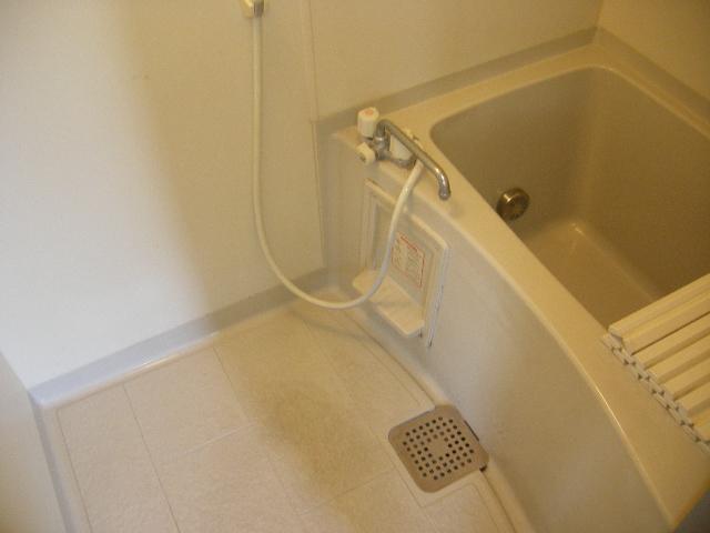 キャッスル下矢切 102号室の風呂