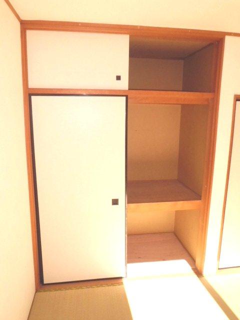メゾンド・イナガキ 102号室の収納