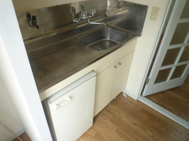 マインツインメル北柏 B-105号室のキッチン