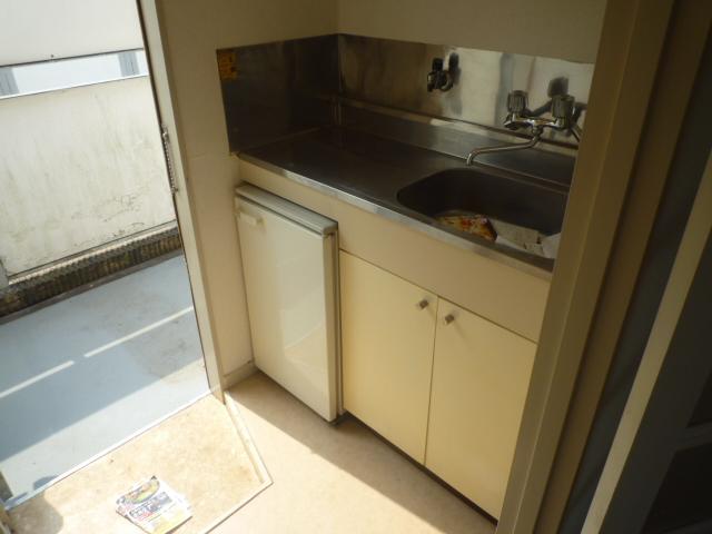 マインツインメル北柏 B-203号室のキッチン