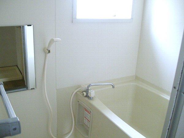 テラス宇佐見の風呂
