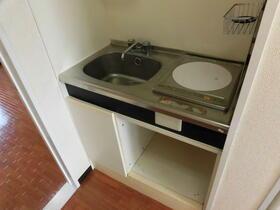 ビューハイツ湘南 401号室のキッチン