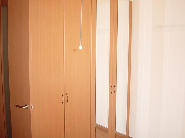 ラ・プラティーク 102号室のリビング