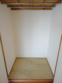 エスコートパートⅡ 206号室の収納