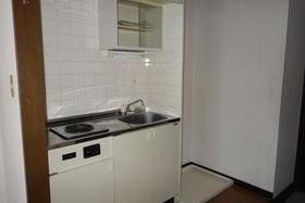 アヴニール鵠沼 301号室のキッチン
