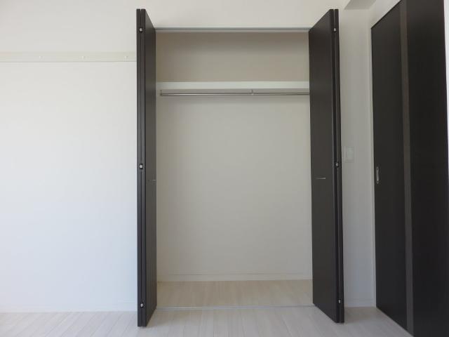 (仮称)平塚市紅谷町マンション新築工事 00201号室の収納