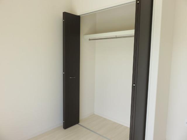 (仮称)平塚市紅谷町マンション新築工事 00401号室の収納