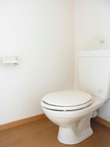 レオパレスCREW 103号室のトイレ