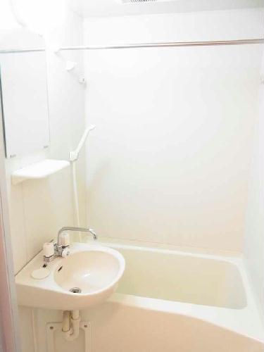 レオパレスCREW 103号室の風呂