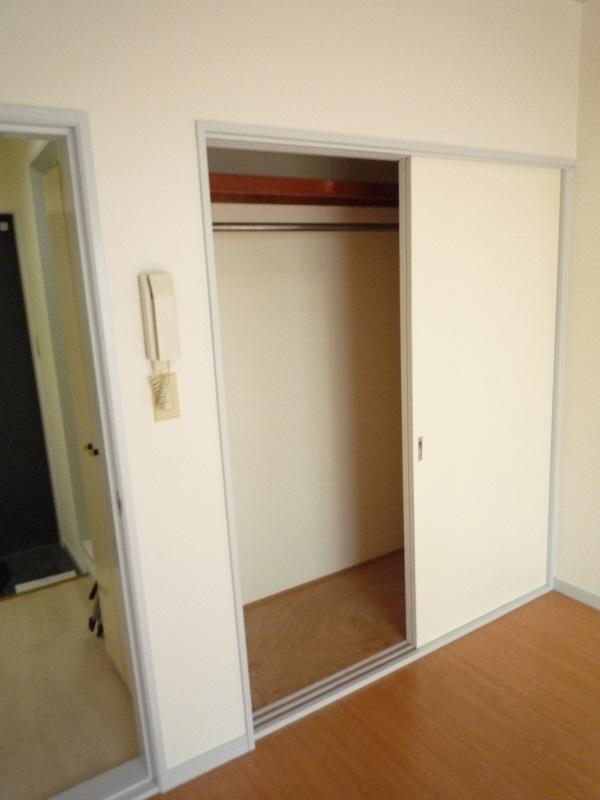 ノーリーズン柏 103号室の収納
