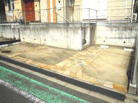 大鋸戸建の駐車場
